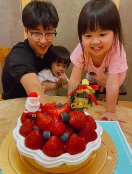 旦那・江宏傑と子供の画像