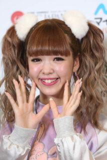 藤田ニコルの高校生モデル時代画像