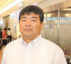 川井梨紗子の父の画像