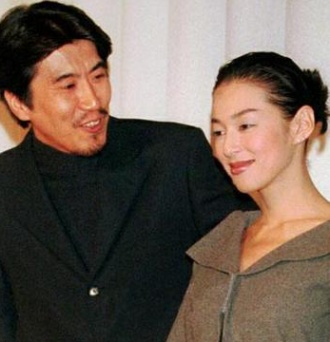 石橋貴明と鈴木保奈美の画像