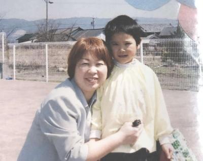 西田有志の母の画像