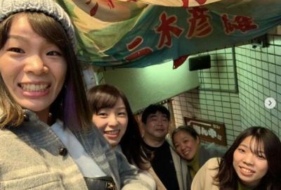 川井梨紗子の家族画像