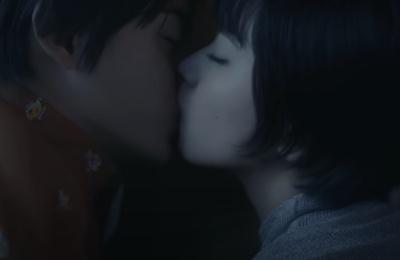 神尾楓珠のキスシーン画像(小松菜奈)