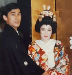 岸田文雄の夫人の若い頃(結婚式)の画像